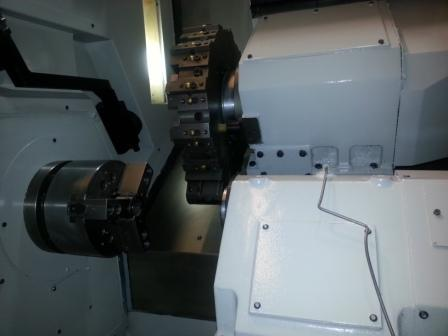 IKEGAI GENESIS 1208, FANUC 21IT, 8 Chk,SPINDLE BORE 2,4 , 2001,